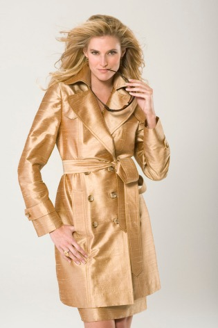 reino magazine-gold coat