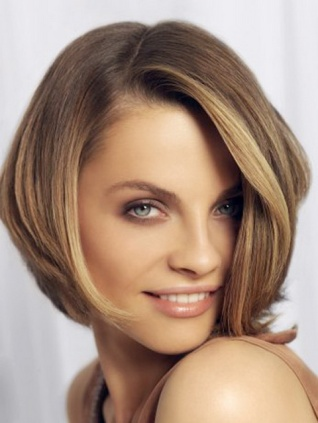 Reinomagazine-medium-cut-hairstyles-for-women-2014-2015-short-